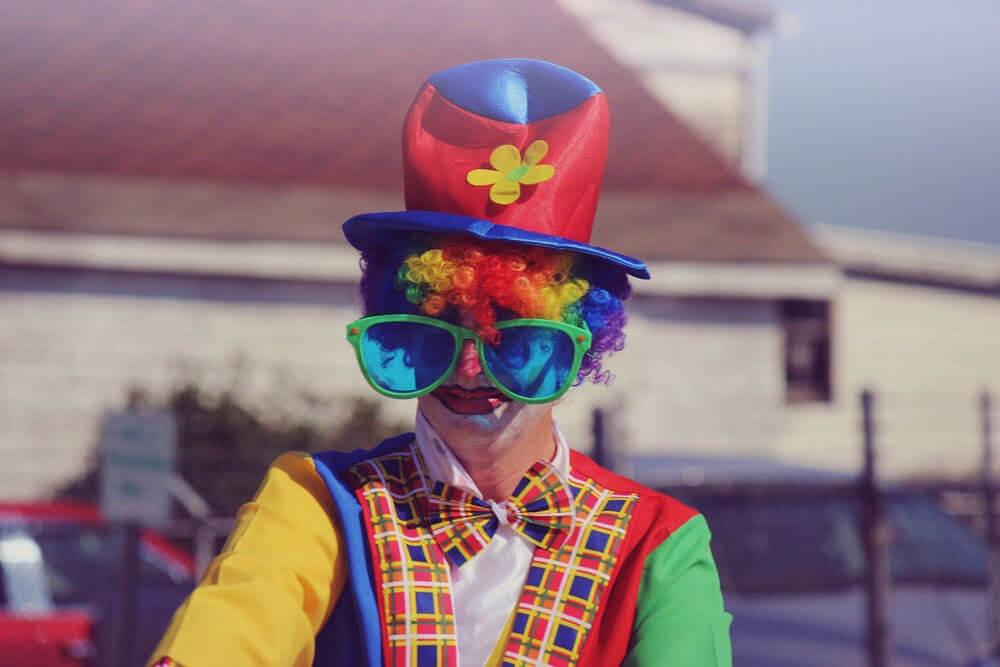clown for event entertainment