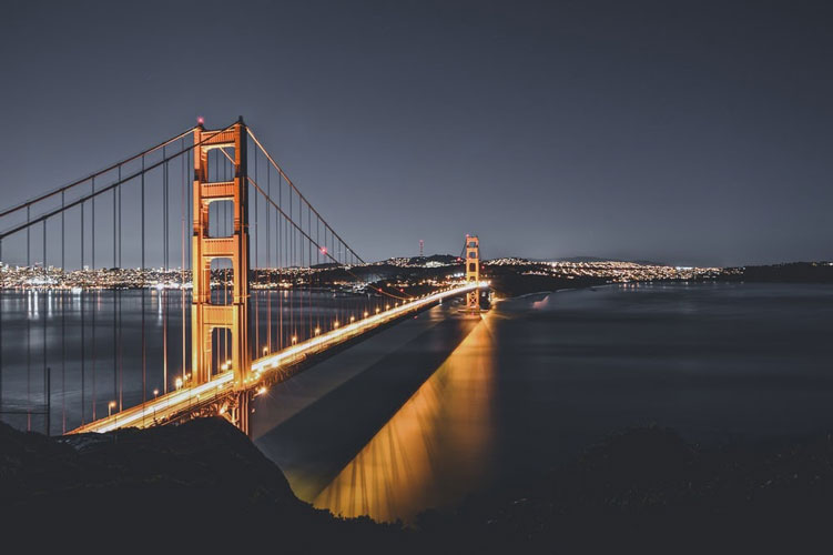 night view of the golden gate bridge