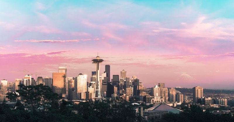 seattle skyline at sunrise